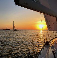 Ar jahtu līdz Daugavas ietekai jūrā
